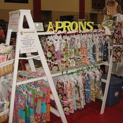 apron booth 9